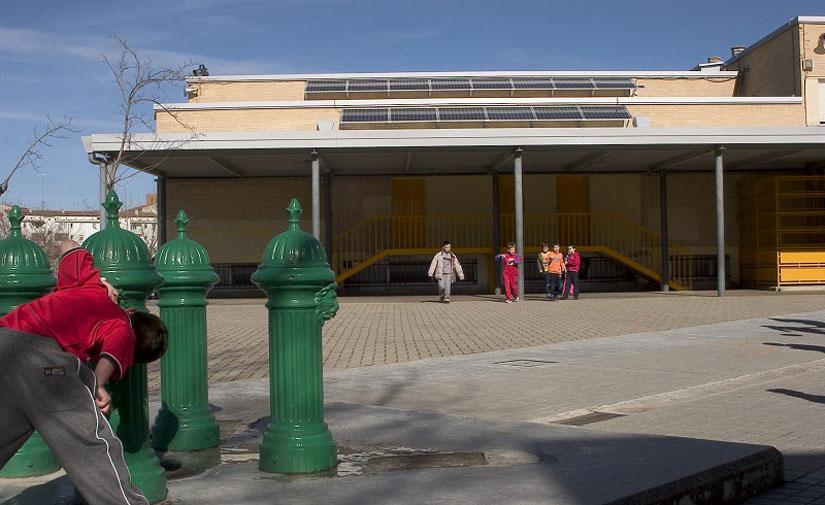 Adjudicada en Pamplona la instalación de una cubierta en el frontón del patio de la Ikastola Hegoalde