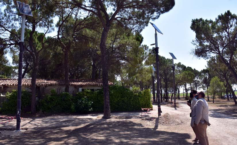 Albacete comienza la instalación de 409 farolas solares en el parque periurbano de La Pulgosa