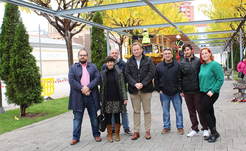Albacete renueva la pérgola de la plaza de los Depósitos del Sol