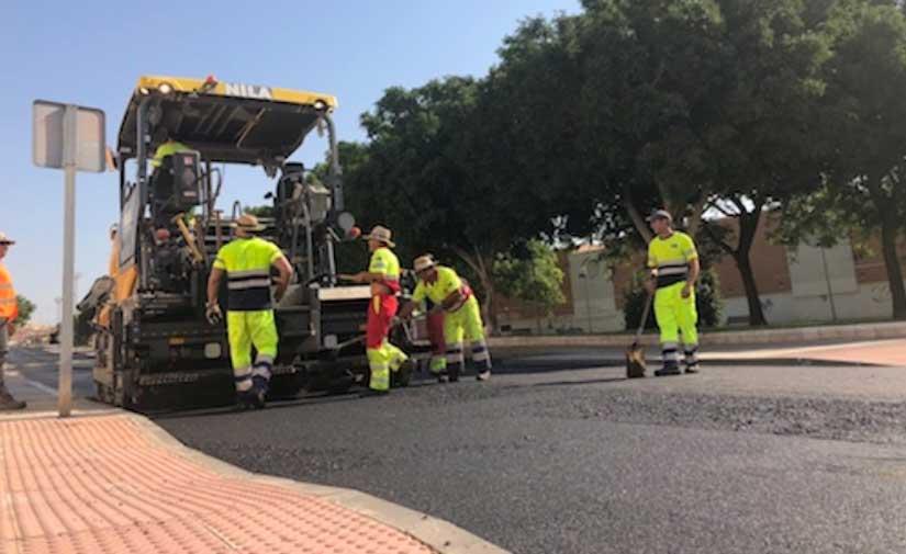 Almería licita un nuevo contrato para el mantenimiento de vías y espacios públicos con un presupuesto anual de 1,9 millones de euros