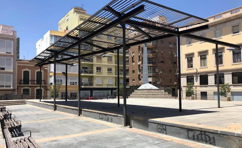 Almería presenta un proyecto para hacer de la Plaza López Falcón un espacio singular para los niños