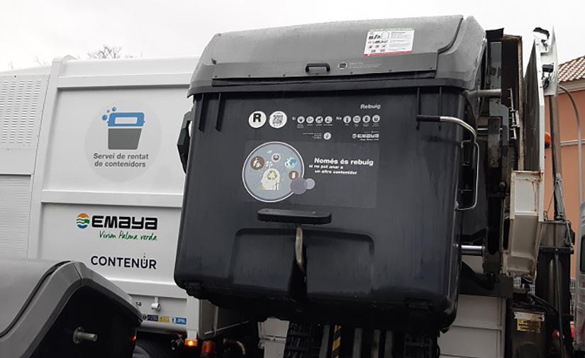 Así es el nuevo servicio de limpieza y mantenimiento de contenedores de Palma