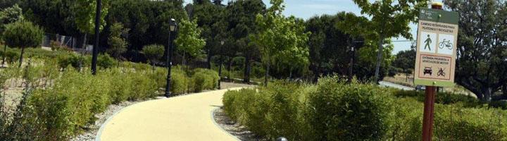 Boadilla del Monte firma el contrato de Conservación y Limpieza de zonas verdes para los próximos 4 años