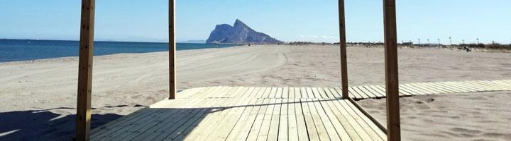 La Linea comienza el dispositivo de manteniendo de playas: socorrismo, limpieza, nuevo equipamiento, mantenimiento y seguridad