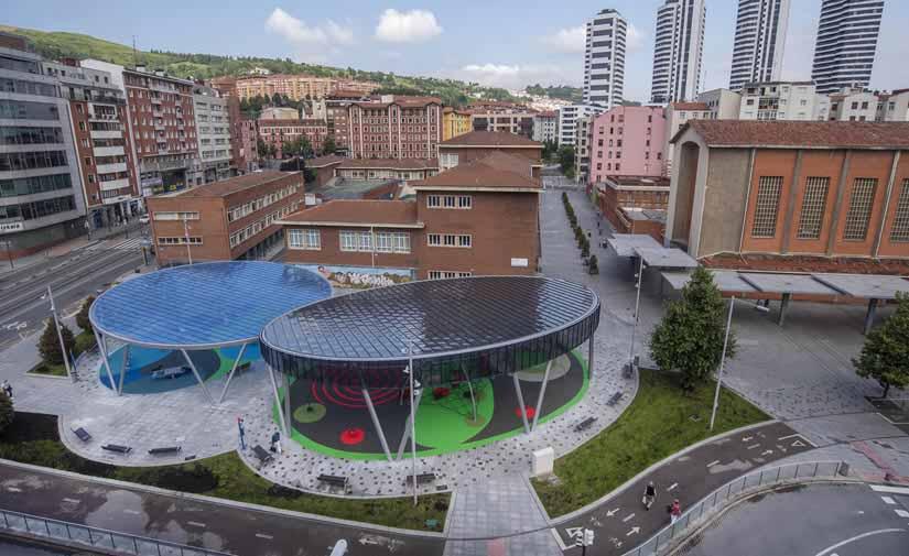 Bilbao finaliza la cubierta de los juegos infantiles de Sabino Arana