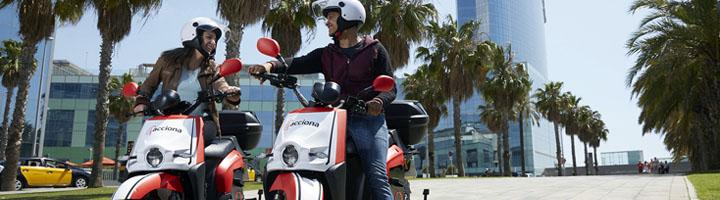 ACCIONA despliega en Barcelona su servicio de motos eléctricas compartidas