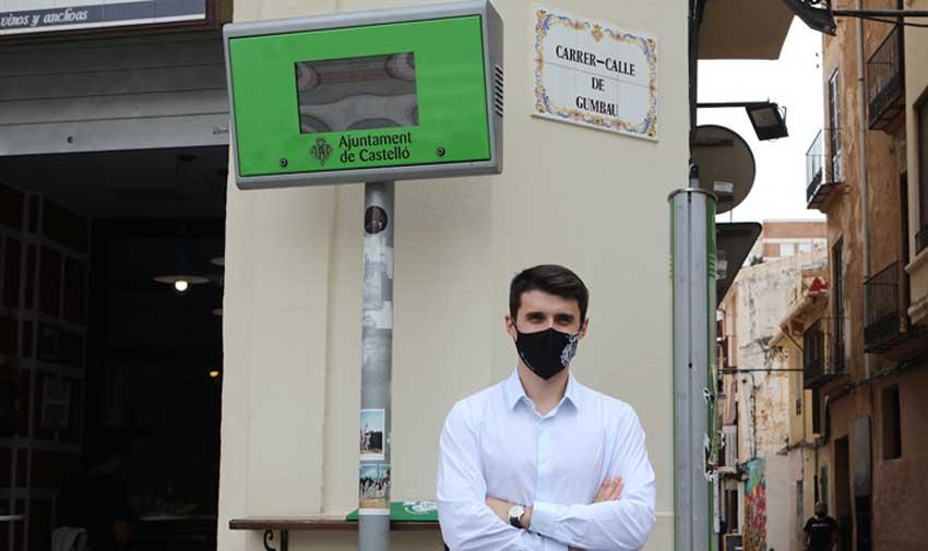 Castellón instala nuevos paneles inteligentes en 38 paradas de bus para mejorar la información a los viajeros en tiempo real