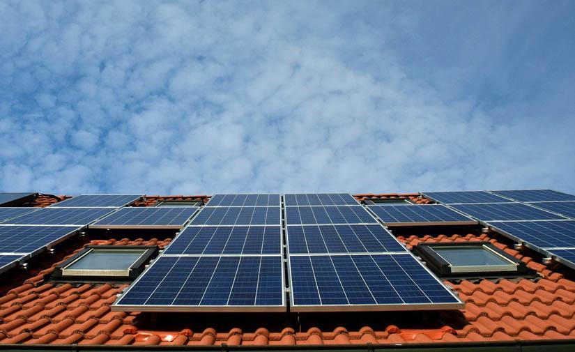 Cinco nuevas pérgolas fotovoltaicas en Valencia