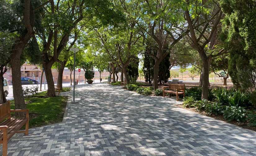 Concluida en Murcia la remodelación del jardín Puente Viejo de Baños y Mendigo