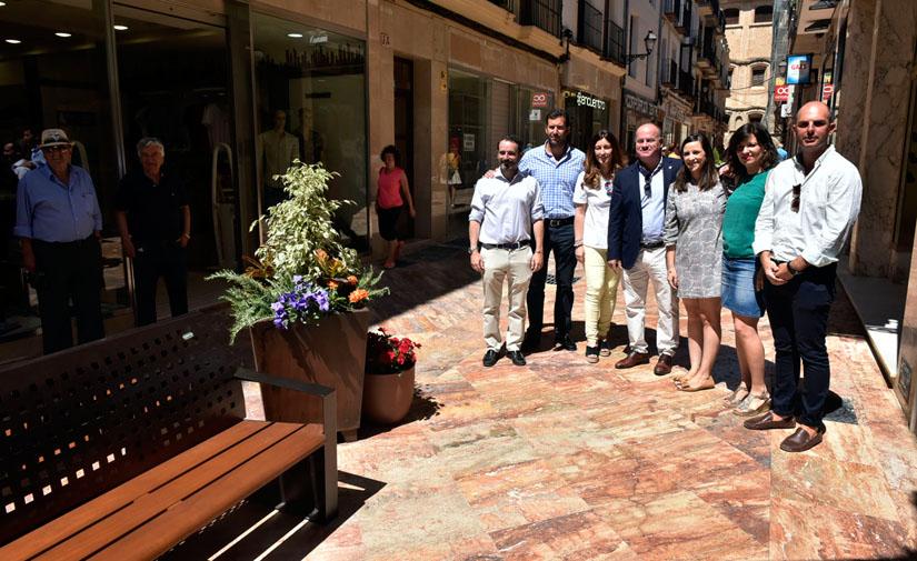 Concluyen las obras de remodelación integral de la céntrica calle Duranes de Antequera