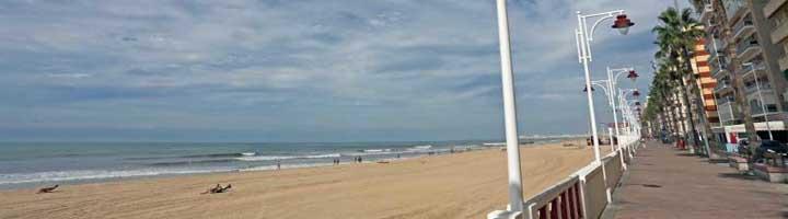 La delegación de Alumbrado Público de Cádiz realiza varias mejoras en el Paseo Marítimo y en diferentes plazas y paseos de la ciudad