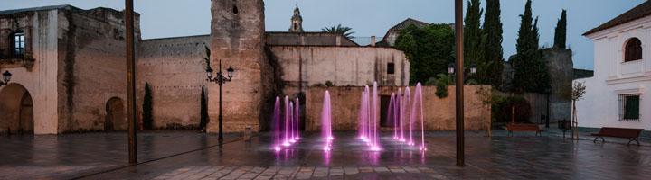 Lumiartecnia instala una fuente inteligente en la Plaza de Andalucía de Palma del Río