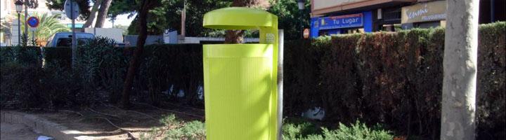 Comienza la instalación de 465 nuevas papeleras en Valencia