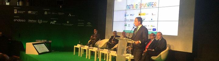 Bendodo destaca el compromiso de la Diputación de Málaga con el desarrollo sostenible de los municipios de la provincia