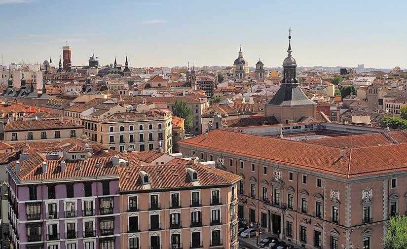 El 30 % de la demanda de electricidad de edificios municipales madrileños se abastecerá por autoconsumo en 2030