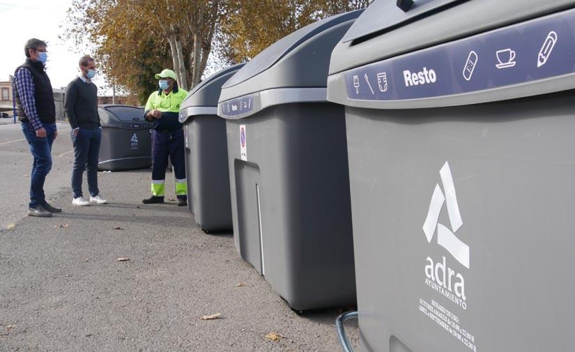 El Ayuntamiento de Adra adquiere 30 nuevos contenedores de residuos sólidos urbanos más cómodos