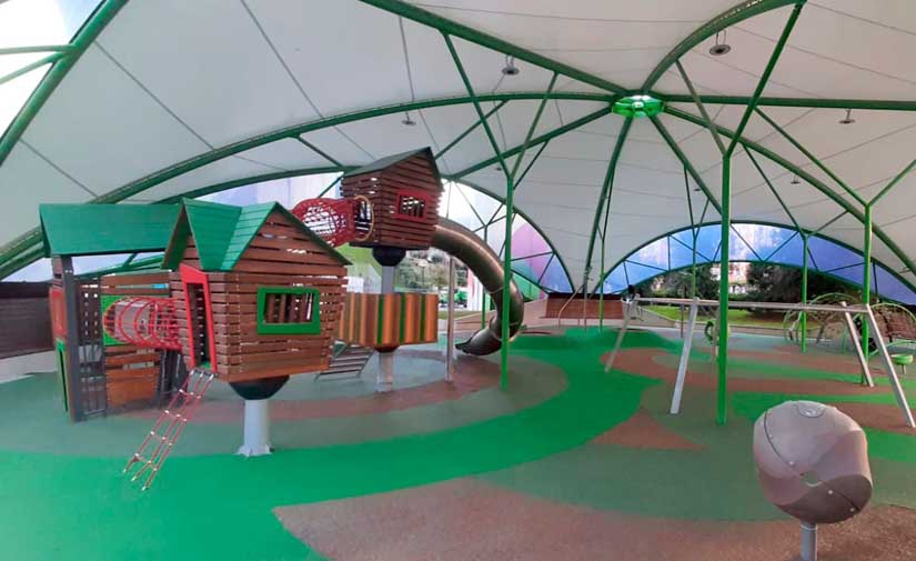 El Ayuntamiento de Bilbao ejecuta una zona de juegos infantiles cubiertos en la Plaza de Rekalde