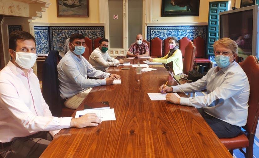 El Ayuntamiento de Segovia y FCC firma el acta de inicio del nuevo contrato de limpieza viaria