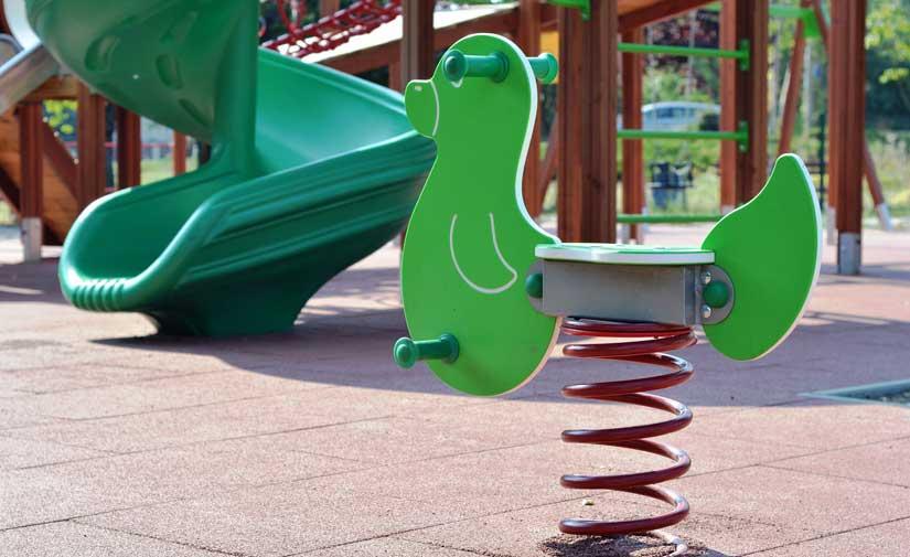 El barrio de San Pedro Mortero de Albacete verá mejorado su parque infantil