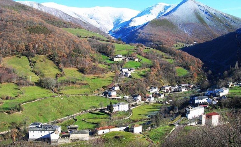El Gobierno de Asturias invierte más de  650 000 euros en el proyecto de saneamiento y depuración de Sorrodiles de Cibea