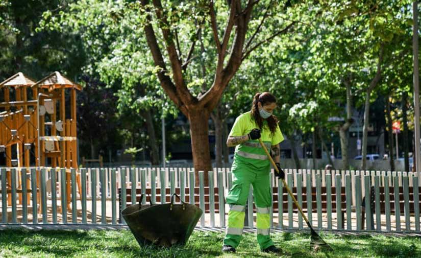 El nuevo contrato de limpieza y recogida de residuos de Barcelona se pondrá en marcha en marzo del 2022