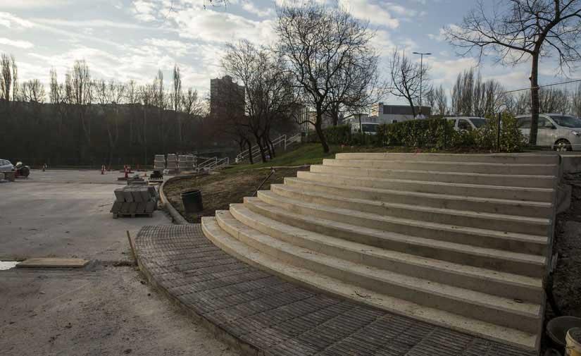 El nuevo parque creado en el antiguo patinódromo de San Jorge de Pamplona estará concluido para finales de abril