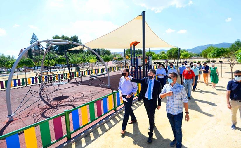 El parque de La Paz de Murcia, una zona verde de más de 17.300 m2 que abre a las familias de El Palmar