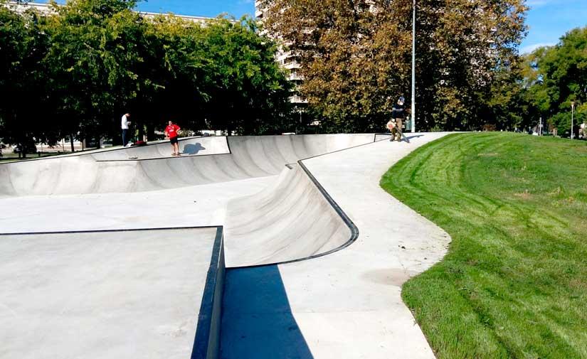 El skatepark del parque de Antoniutti, en Pamplona, se reabre al uso público
