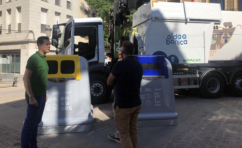 Elda refuerza la recogida de residuos con tres camiones y nuevos contenedores