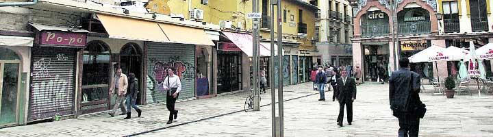 Adjudicada la sustitución del mobiliario urbano del entorno de la Alfalfa y la instalación de marmolillos