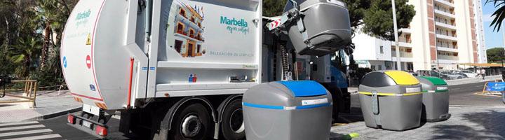 Marbella extiende la instalación de contenedores de carga lateral con un millar de unidades