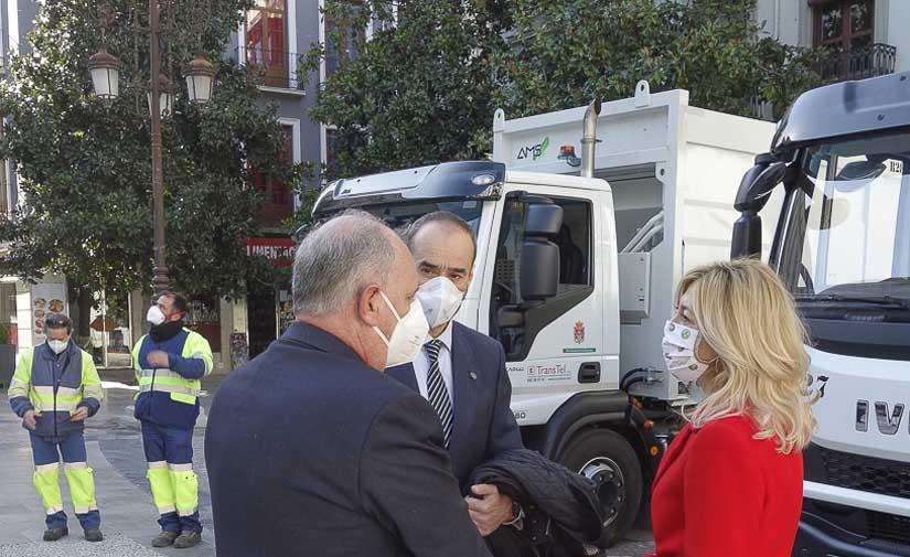 Granada reduce la contaminación acústica y atmosférica del servicio de recogida de basura