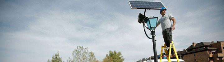 Las Rozas instala las primeras farolas solares en parques y zonas naturales para aumentar la eficiencia energética