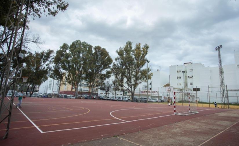 Huelva moderniza el alumbrado de las pistas deportivas de la ciudad