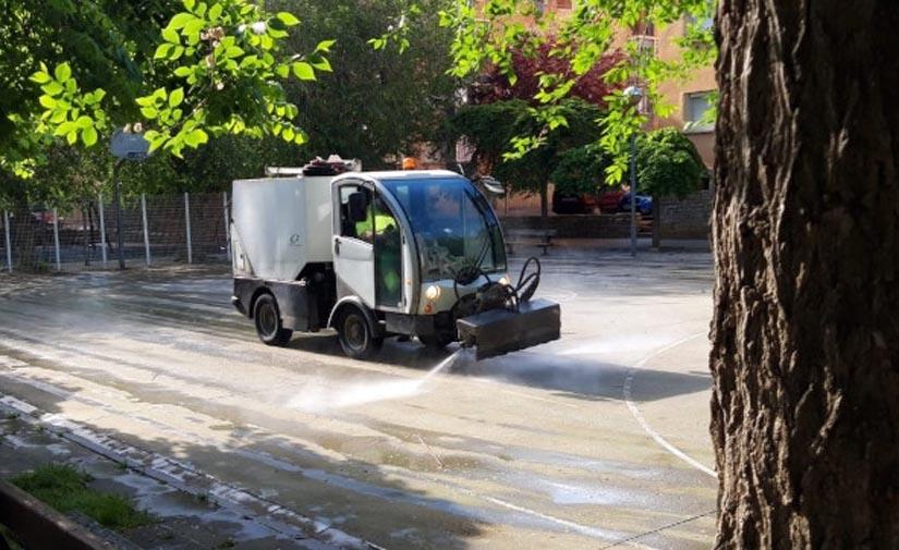 Huesca encomienda la gestión del servicio de limpieza viaria a Grhusa