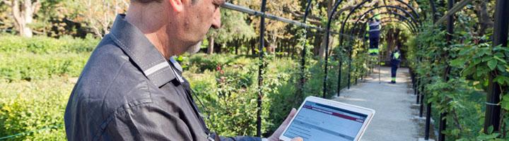 Los inspectores de parques y jardines de Zaragoza trabajan a partir de ahora con tablets