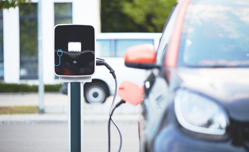 Ivace subvencionará la instalación de 225 puntos de recarga para vehículos eléctricos en la Comunidad Valenciana