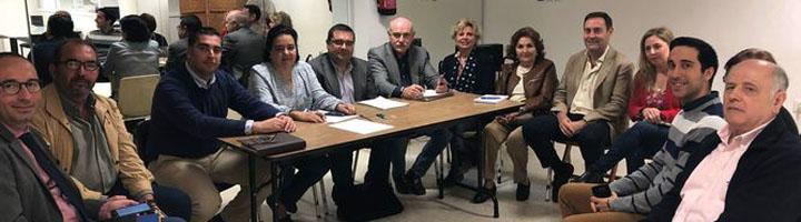 Sevilla inicia una prueba piloto para recogida selectiva de residuos en el Casco Antiguo que combina cubos individuales y contenedores