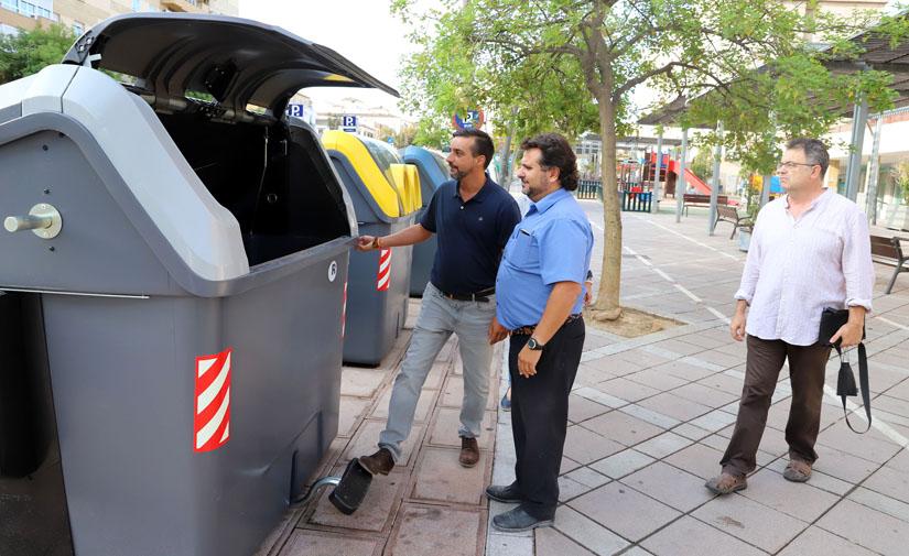 Jerez comienza la instalación de los nuevos contenedores de recogida de basuras