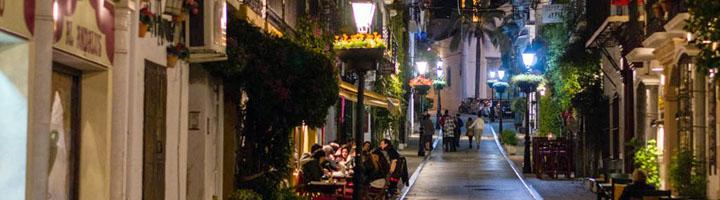 Marbella acomete actuaciones para mejorar el alumbrado público en diferentes puntos de la ciudad