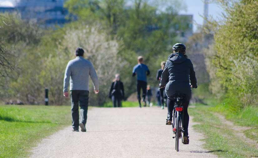 La creación de 8 kilómetros de vías ciclistas en Vitoria avanza con la creación del bidegorri de la calle Bremen