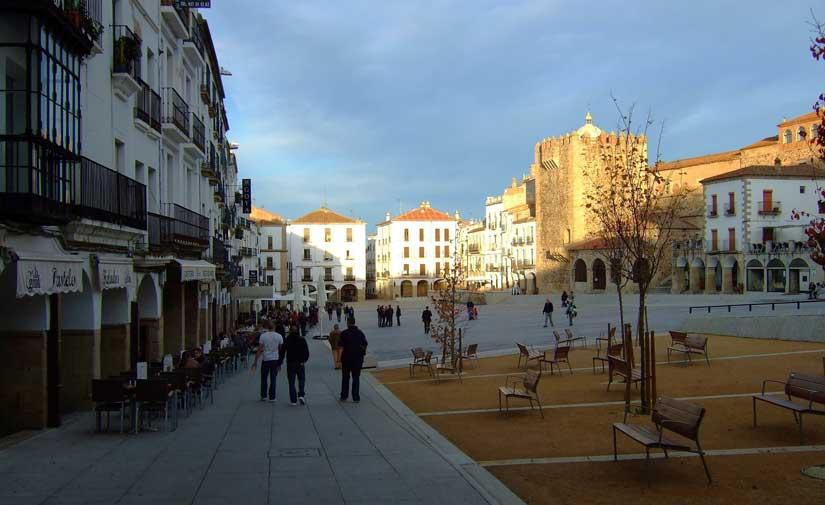 La Diputación de Cáceres cuenta con un Plan de Equipamiento de un millón para entidades locales