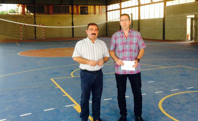 La Diputación de Jaén financia una nueva fase de la pista polideportiva de Santa Elena