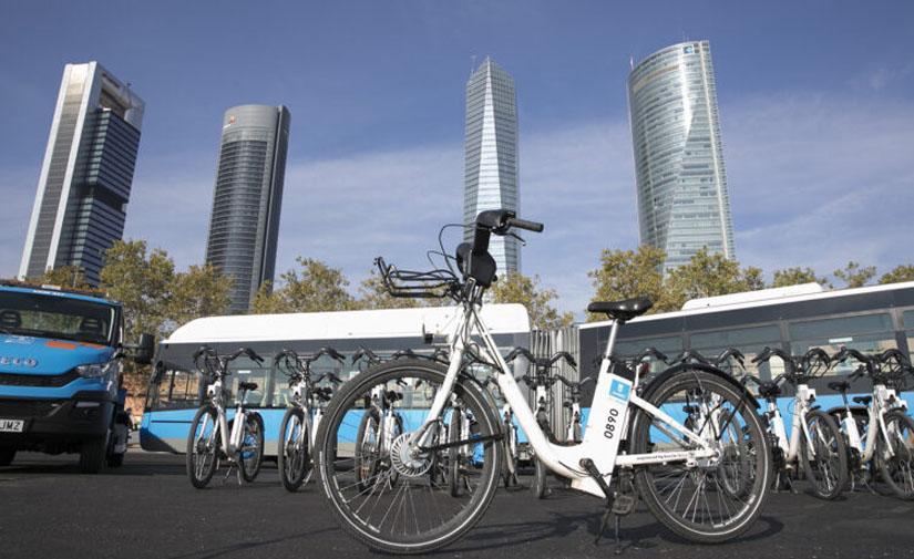 La EMT y otras cinco empresas piden autorización para desplegar 8.200 bicicletas sin base fija