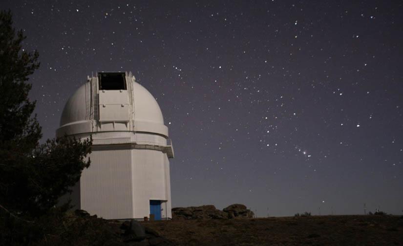 La Junta de Andalucía regulará la contaminación lumínica para reducir los efectos de la luz artificial
