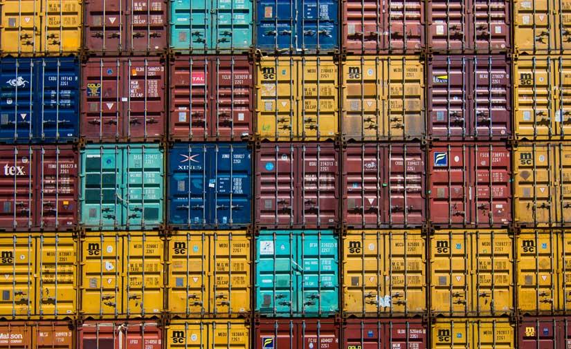 La UOC lidera una red estatal de expertos para impulsar un transporte sostenible en el sector logístico