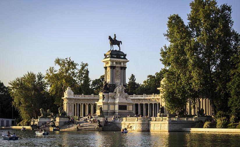 La vegetación del parque de El Retiro reduce en un 50% la contaminación de Madrid