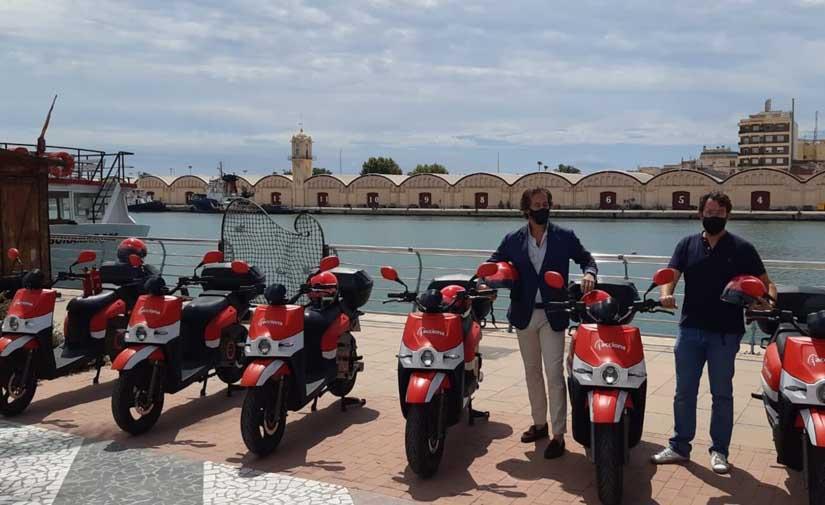 Las motos eléctricas compartidas de ACCIONA vuelven a Gandía para la temporada de verano