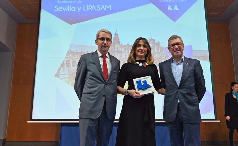 Lipasam recibe dos Pajaritas Azules por su excelencia en la gestión del reciclaje de papel
