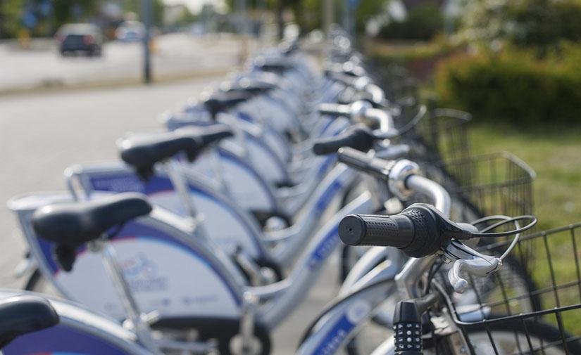 Los inspectores de Limpieza Viaria de Benidorm usarán bicicletas y patinetes eléctricos para sus desplazamientos